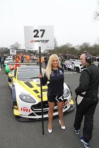 grid girls snetterton circuit