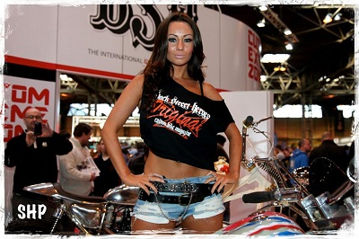 promo-girls-motorcycle-live